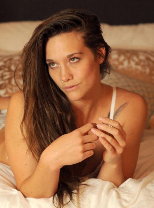 Gretchen Leigh